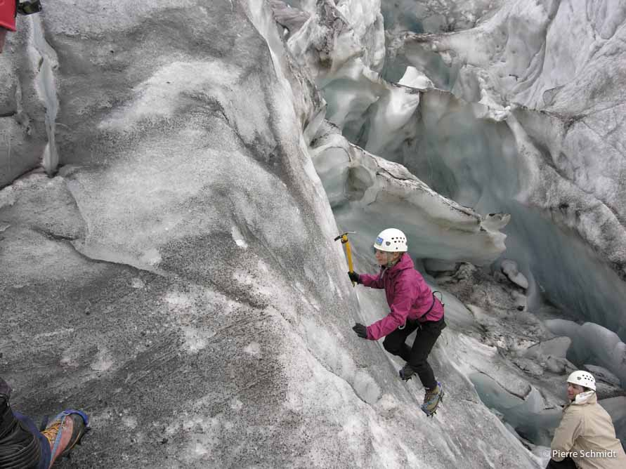 Ice training on the Tour glacier, during a Mont Blanc course