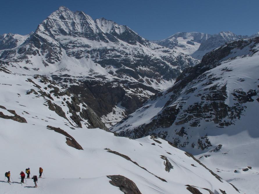 Haute route ski tour chamonix to zermatt 7 days itinerary for Haute route chamonix zermatt
